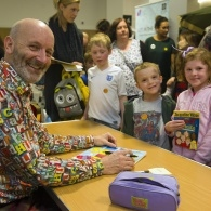 Preview of Nick Sharratt at the Family Reading Day