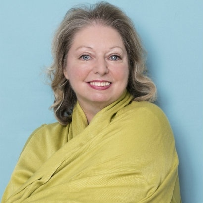 Headshot of author Hilary Mantel