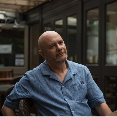 Head and shoulders shot of author and screenwriter Nick Hornby