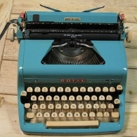 picture of a blue typewriter